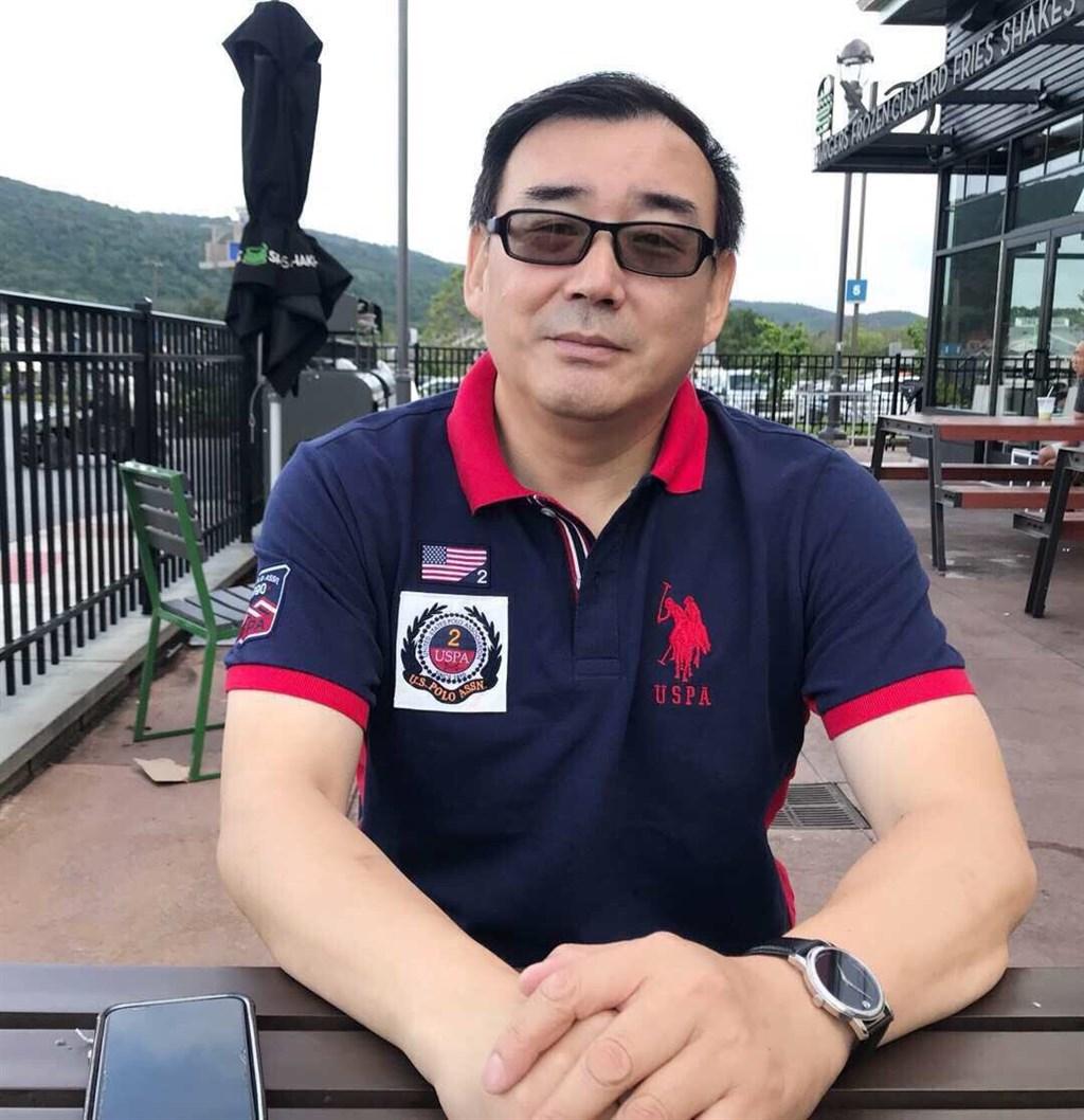 被控犯下間諜罪的澳洲華裔作家楊恆均(圖)已遭中國當局監禁18個月。他的友人馮崇義告訴路透社,楊恆均奮戰到底拒絕做不實自白。(圖取自twitter.com/yanghengjun)
