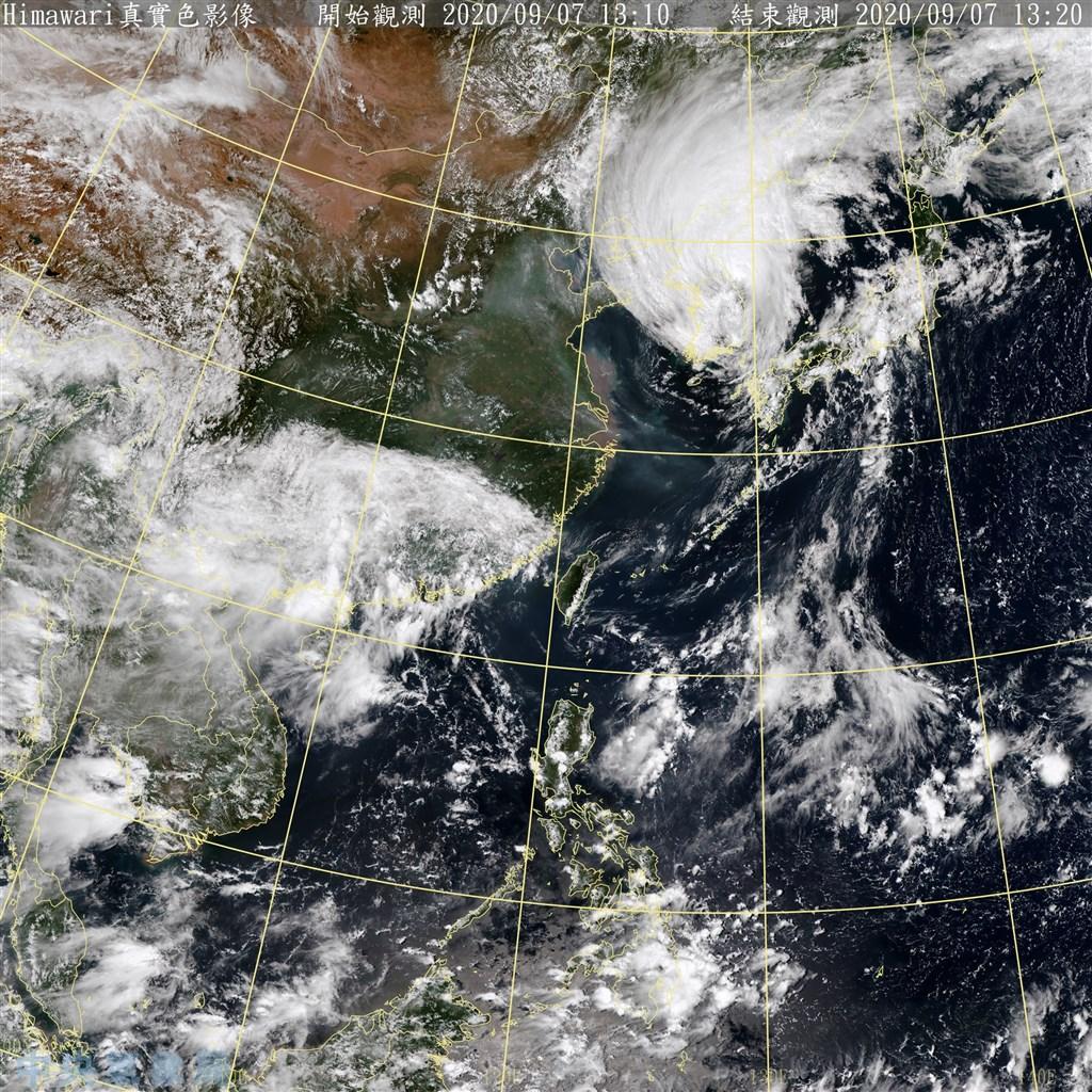 受到颱風海神外圍環流影響,宜蘭外海7日已連續3天發布長浪即時訊息。(圖取自中央氣象局網頁cwb.gov.tw)