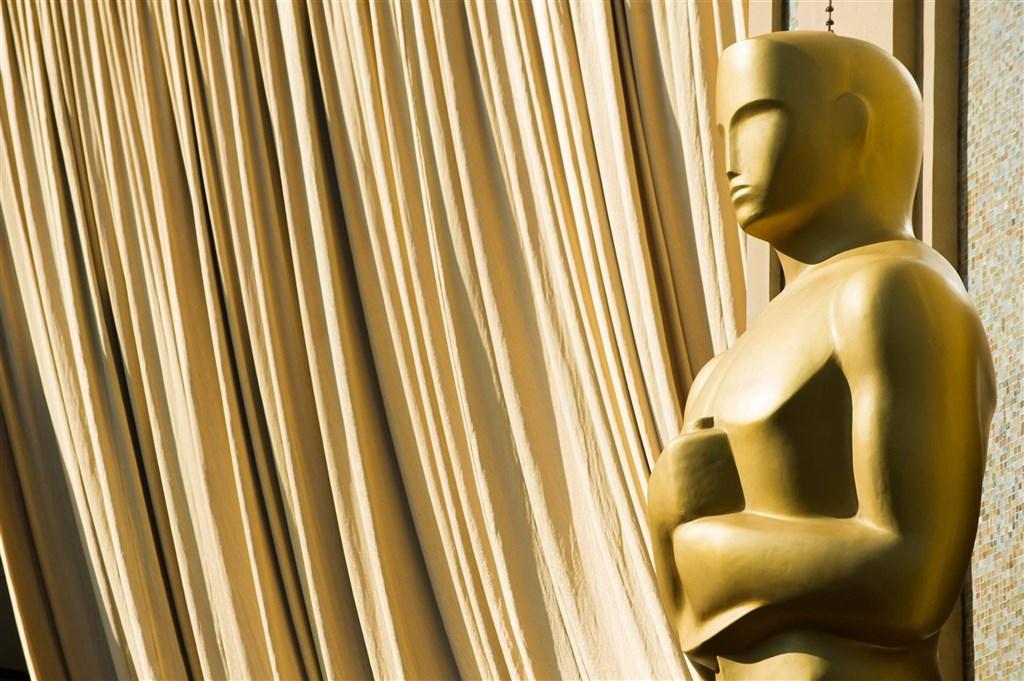 奧斯卡金像獎主辦單位美國影藝學院8日公布提升多元化新制,規範角逐最佳影片獎項的作品所採用演員與劇組成員,需有一定比例的少數族裔及弱勢族群等。(圖取自facebook.com/TheAcademy)