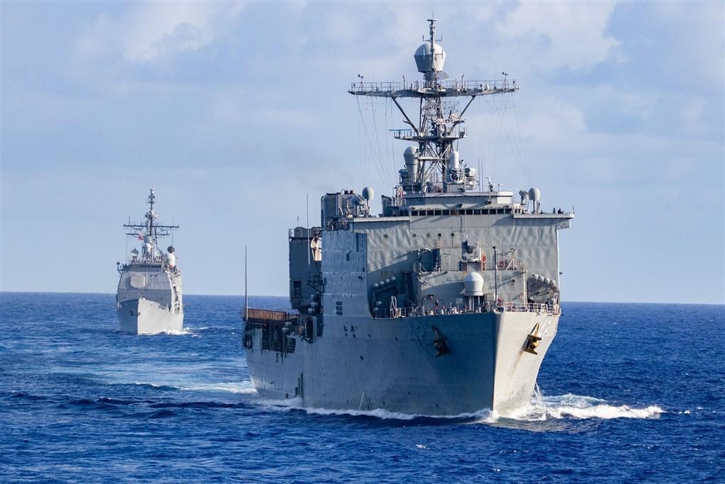 美國海軍太平洋艦隊發布消息,飛彈驅逐艦貝瑞號9日加入澳洲、日本、韓國等國海軍聯合航行,強化聯合作戰能力。圖為美國飛彈驅逐艦貝瑞號。(圖取自facebook.com/DDG52)