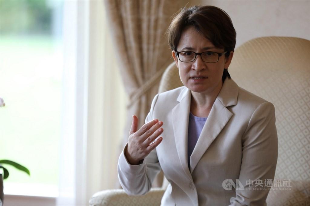 駐美代表蕭美琴11日表示,今年上半年台灣已成為美國第9大貿易夥伴,包括網路安全和5G乾淨網路是未來雙方合作的重要元素。中央社記者徐薇婷華盛頓攝 109年9月2日