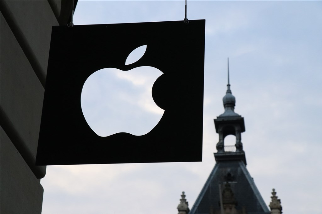 蘋果將於9月15日舉行發表會,國外媒體猜測,iPhone 12將在10月23日出貨。(圖取自Unsplash圖庫)