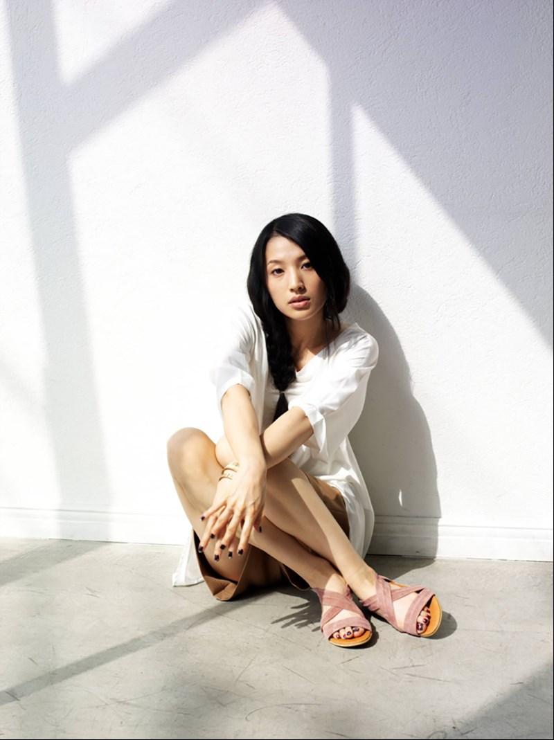 曾演出「相棒」、「忒修斯之船」等日劇的知名演員蘆名星今天被發現在東京自宅身亡,享年36歲。(圖取自堀製作公司網頁horipro.co.jp)