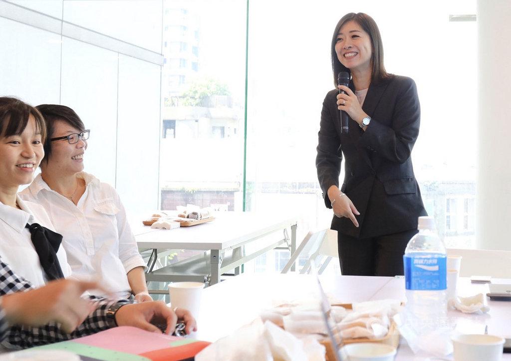 時代力量新任黨主席高鈺婷今天表示,自己的任務是黨的組織改造,希望大家認為時代力量是一個戰隊,而非依附在某個政治明星下的產物。她說,時代力量應該以團體作戰的方式,而不是個人聲量大於黨。中央社記者林育瑄攝 109年9月17日