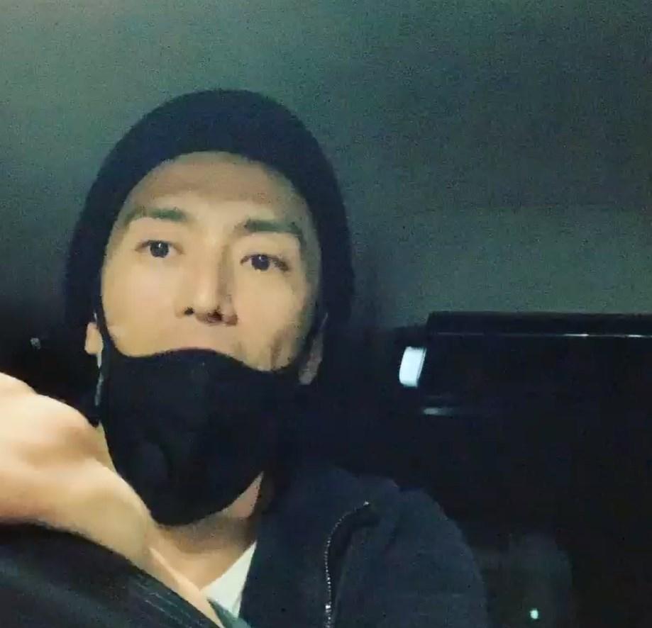 伊勢谷友介(圖)8日因持有大麻遭逮捕,他對警方坦承為了放鬆而吸食大麻,但不願透露取得管道。(圖取自instagram.com/iseya_yusuke)