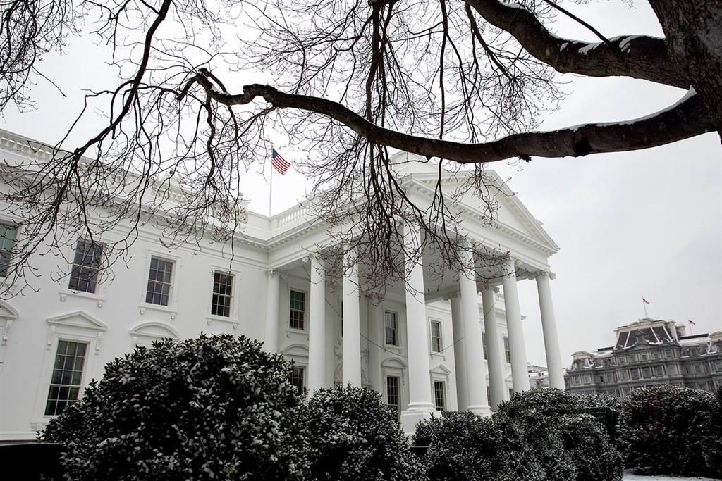 美國媒體19日報導,美國當局攔截到一封寄往白宮的信件,內含致命蓖麻毒素。(圖取自facebook.com/WhiteHouse)