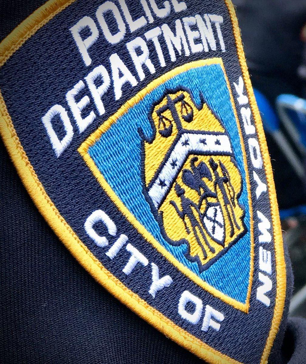 美國紐約市一名出生於中國西藏的警察,同時也是美國陸軍預備役軍人,21日被控非法擔任中國政府的間諜。(圖取自facebook.com/NYPD)
