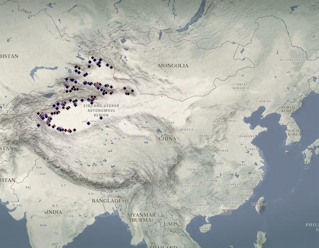 澳洲智庫24日公布研究指出,中國在新疆設立超過380個拘留中心,比先前所估算的多很多。(圖取自澳洲戰略政策研究所網頁xjdp.aspi.org.au)