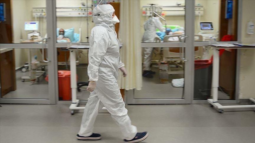 土耳其衛生部長克扎9月30日承認沒有將所有武漢肺炎確診病例數悉數通報,文件顯示,真實病例數恐怕比官方數據高出近20倍。圖為安卡拉一所醫院內隔離病房。(安納杜魯新聞社)