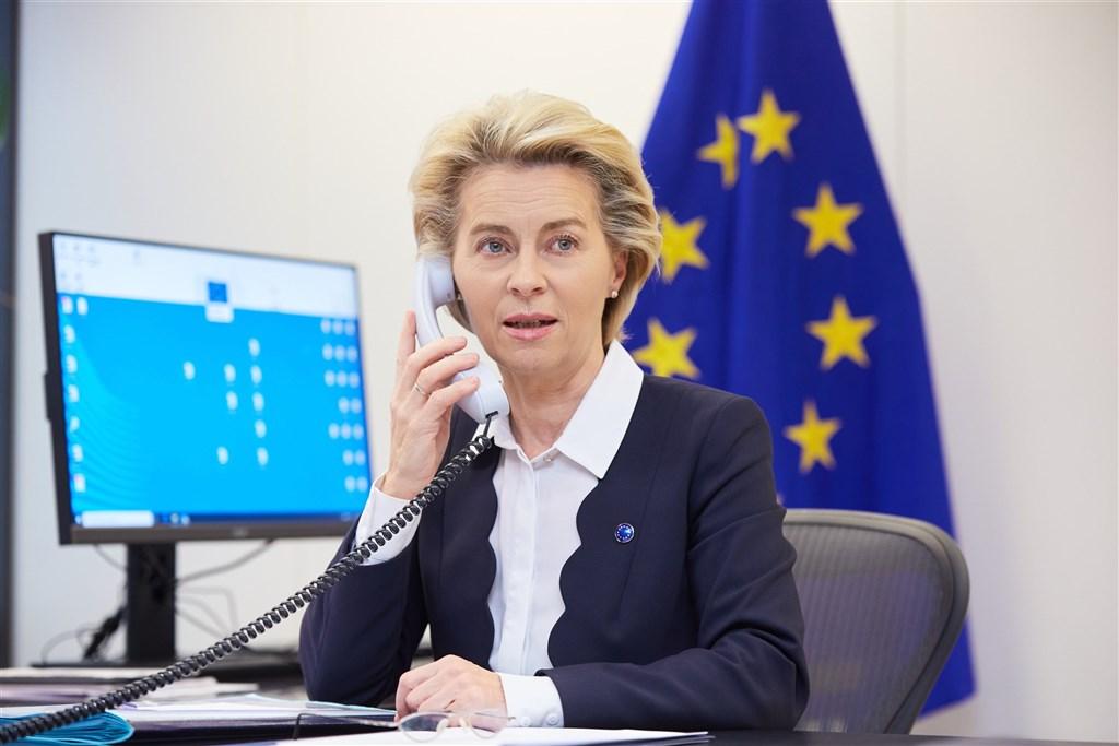 歐洲聯盟執行委員會主席范德賴恩5日表示,上週二因參與的一場會議有人確診武漢肺炎,她已採檢2次結果皆陰性。(圖取自twitter.com/vonderleyen)