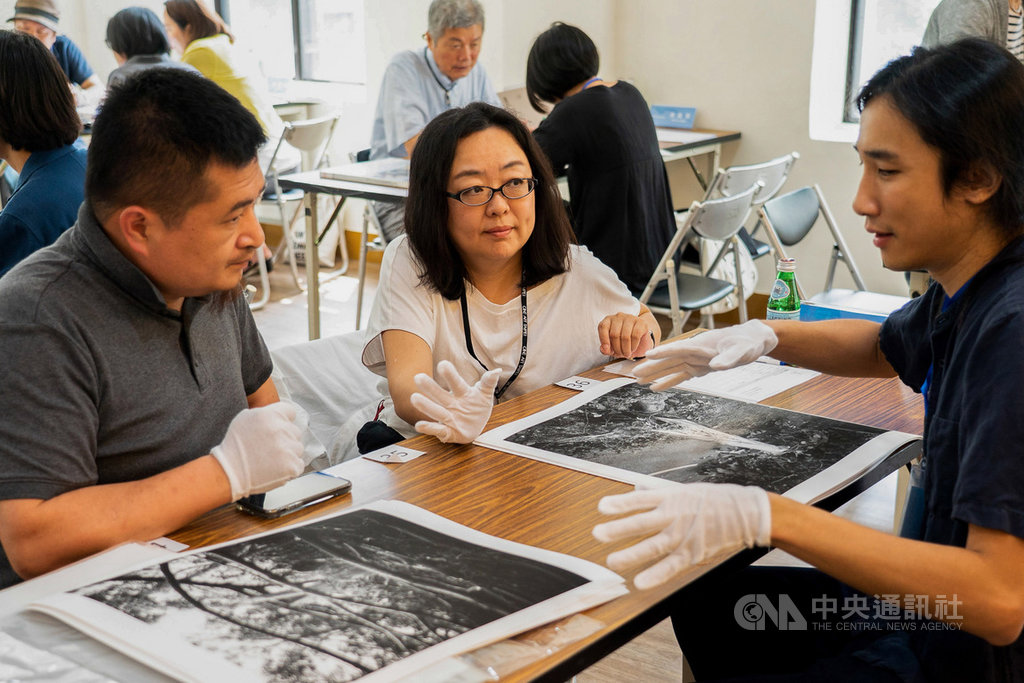 為創造攝影藝術產業交流而創的Photo ONE,23日至25日在台北國際藝術村(TAV)舉行,受疫情影響適度調整規模,將在活動期間規劃專家面對面、攝影市集、攝影講座,提供喜歡攝影與創作的民眾交流機會。(Photo ONE提供)中央社記者鄭景雯傳真  109年10月8日