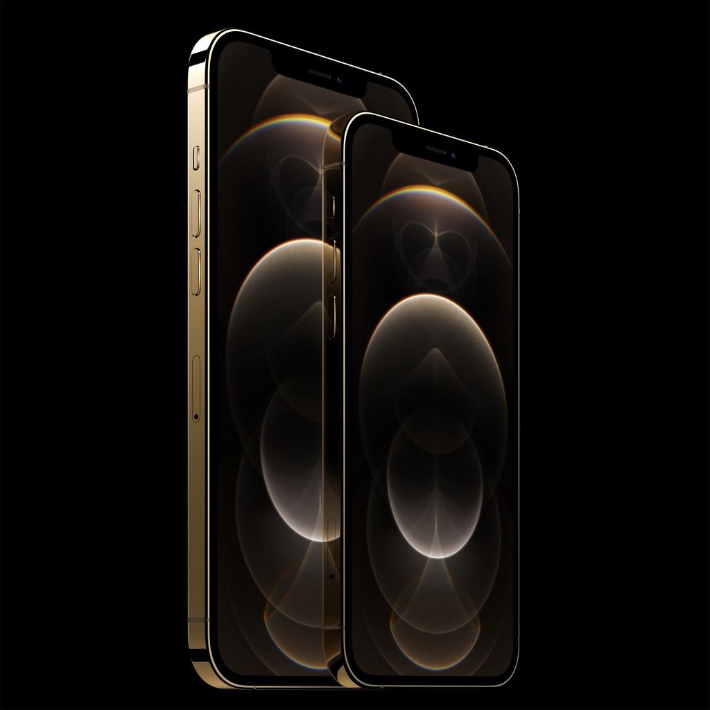 蘋果台灣官網16日晚間8時開放iPhone 12及iPhone 12 Pro預購,整體買氣以iPhone 12 Pro較好,且新顏色太平洋藍色、金色最搶手。圖為iPhone 12 Pro Max。(蘋果提供)