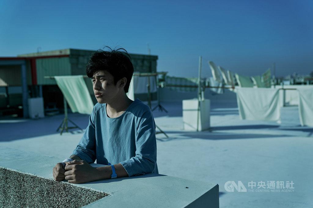 韓星金玄彬在電影「無聲」中飾演啟聰學校的學生小光,全片僅能靠著肢體與表情演出,他此次也入圍第57屆金馬獎最佳男配角獎,成為首名入圍金馬的韓國人。(CATCHPLAY提供)中央社記者王心妤傳真 109年10月16日