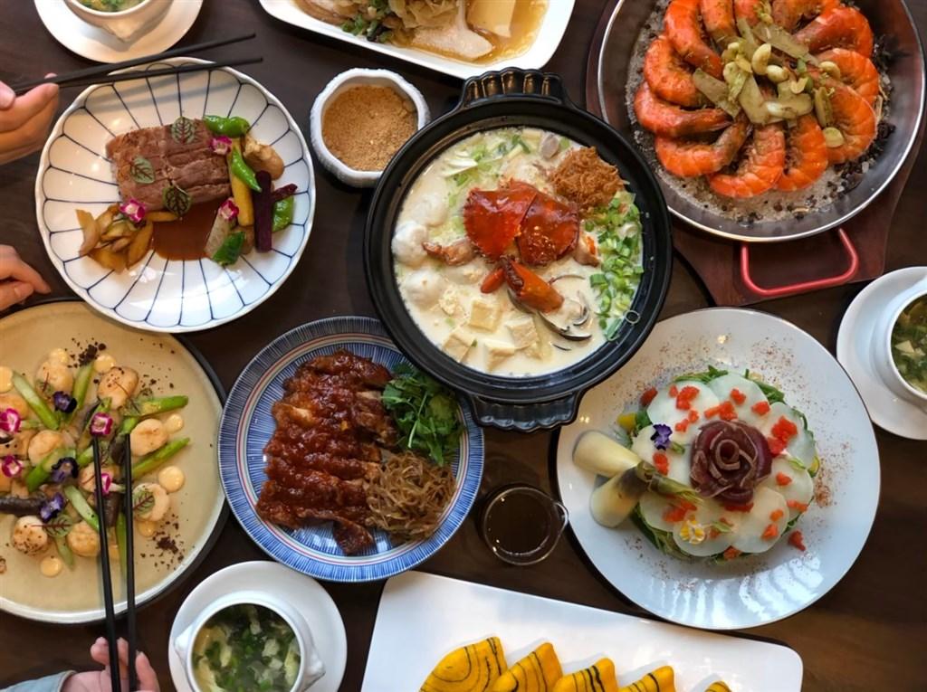 經濟部商業司推動台菜文化,舉辦「2020經典台菜餐廳徵選」活動,從全台106家報名業者中選出60家「經典台菜餐廳」。圖為入選餐廳老新台菜的料理。(圖取自facebook.com/OldNewTaiwaneseCuisine)