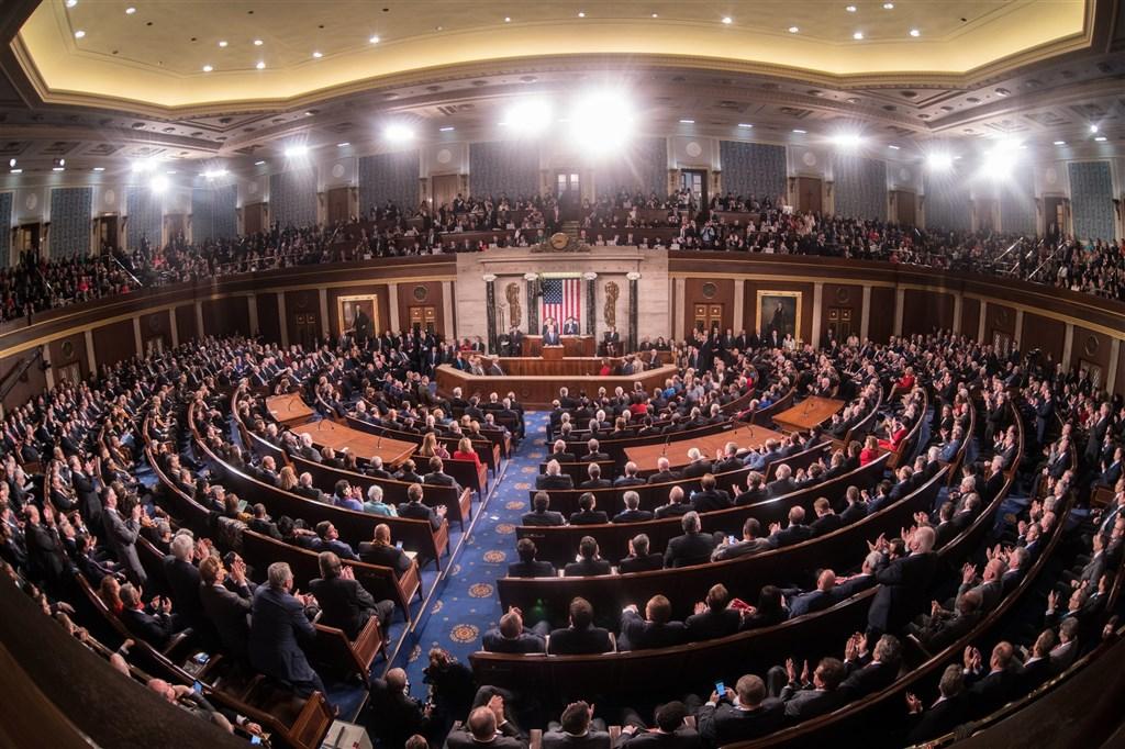 美國眾議院「中國工作小組」20日提出包裹式法案,囊括支持美台交往限制鬆綁、定期軍售及台灣國際參與等7部挺台法案。圖為眾議院一景。(圖取自眾議院網頁www.house.gov)