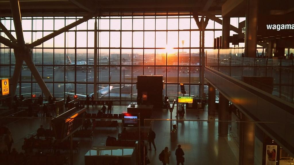 歐洲國際機場協會27日示警,如果旅客量無法恢復,歐洲近200座機場將在未來幾個月面臨破產風險。(示意圖/圖取自Pixabay圖庫)