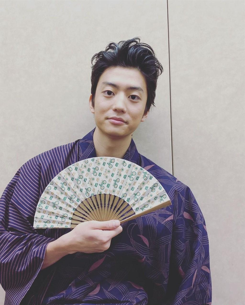 23歲的日本男演員伊藤健太郎28日開車與機車發生車禍,導致2人受傷。伊藤健太郎因涉嫌肇事逃逸遭逮捕。(圖取自instagram.com/kentaro_official)