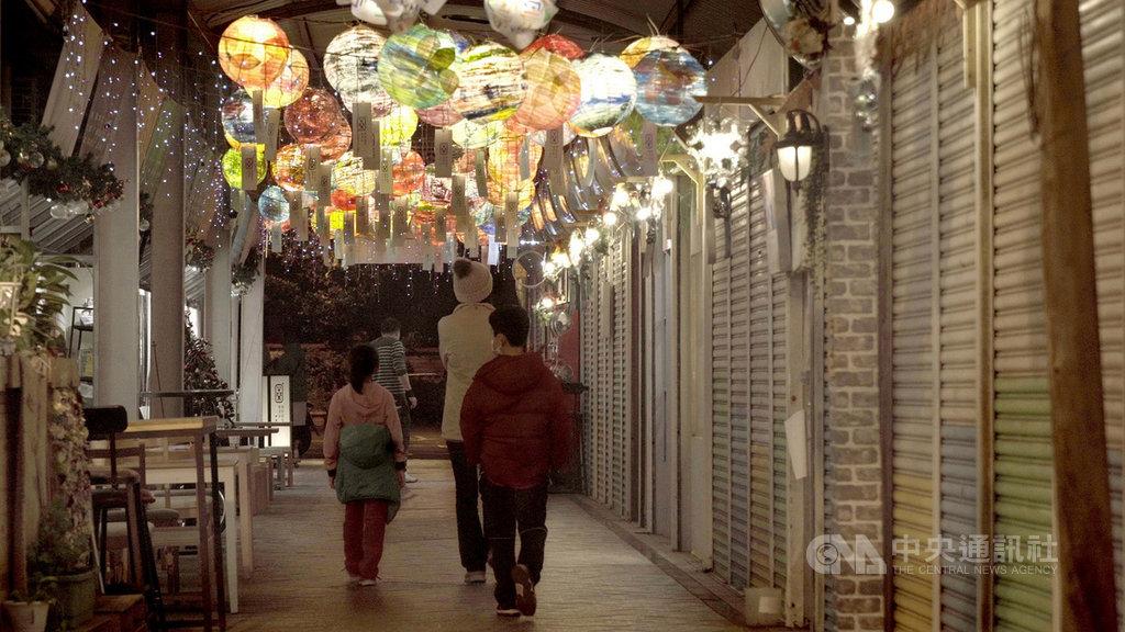 金馬獎最佳紀錄片導演楊力州新作「愛別離苦」,記錄巷弄中的時光變遷、生命流轉,將在金馬影展世界首映。(金馬影委會提供)中央社記者葉冠吟傳真 109年10月29日