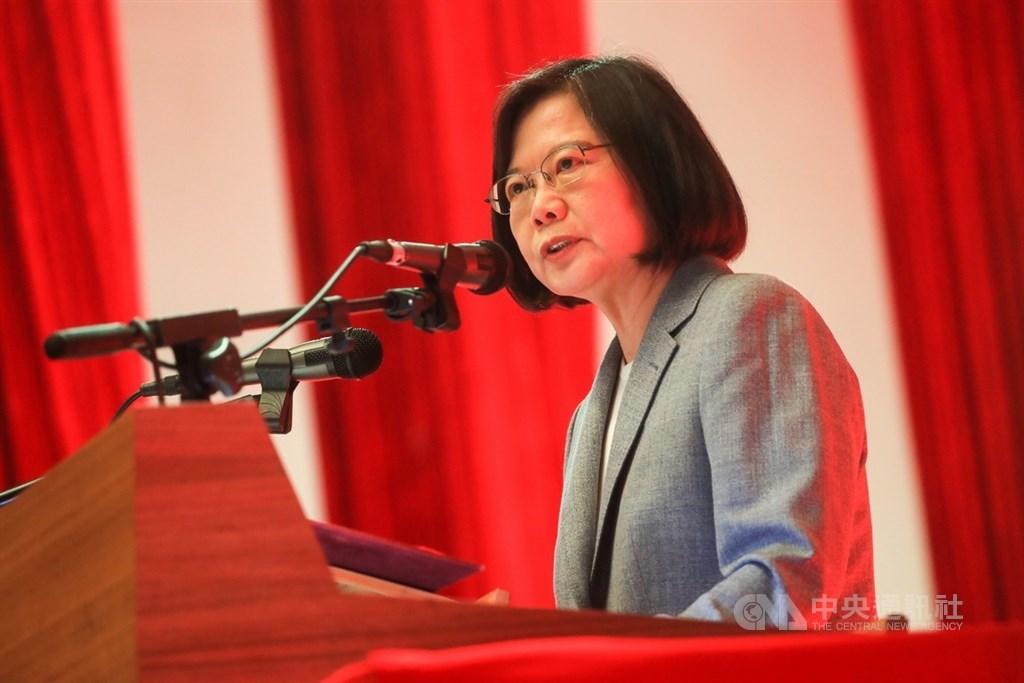 總統蔡英文5日表示,美國總統大選選舉結果揭曉之前,政府都會密切關注;「我們有信心,支持台灣已經成為美國主流民意和跨黨派的共識」。(中央社檔案照片)