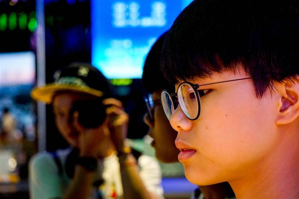 台灣視網膜剝離比率全球之冠,孩童近視率高是主因,醫師呼籲父母正視孩童近視問題。(示意圖/Pixabay圖庫)