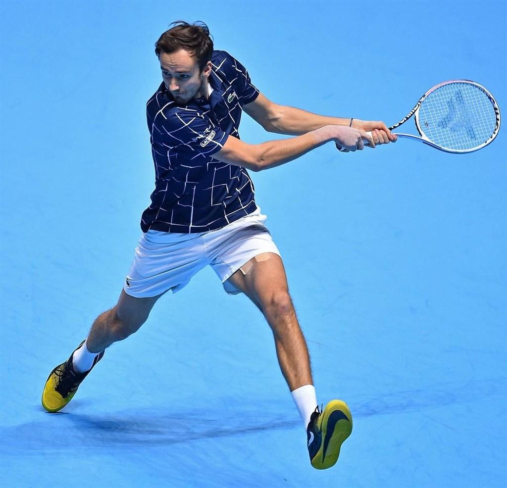 俄羅斯網球好手梅迪維夫(圖)21日在激烈的一役力克西班牙「蠻牛」納達爾。(圖取自instagram.com/atptour)