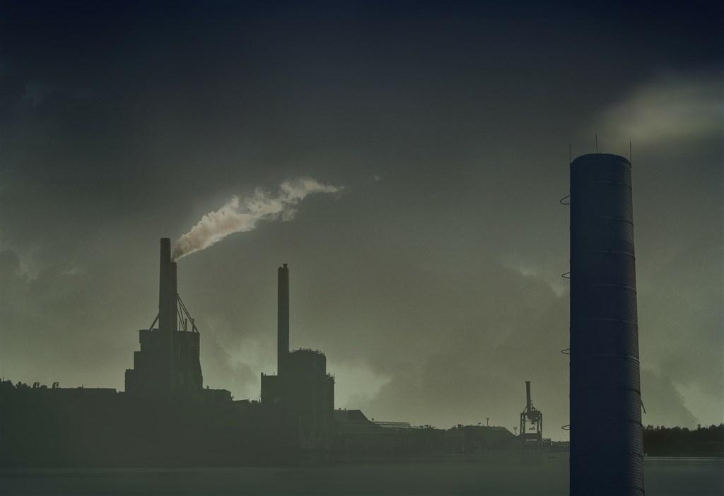 法國兩名部長表示,政府計劃訂定所謂「生態滅絕」罪,若蓄意對環境造成嚴重傷害,最重可處10年徒刑或新台幣1億5000多萬元罰款。(示意圖/圖取自Pixabay圖庫)