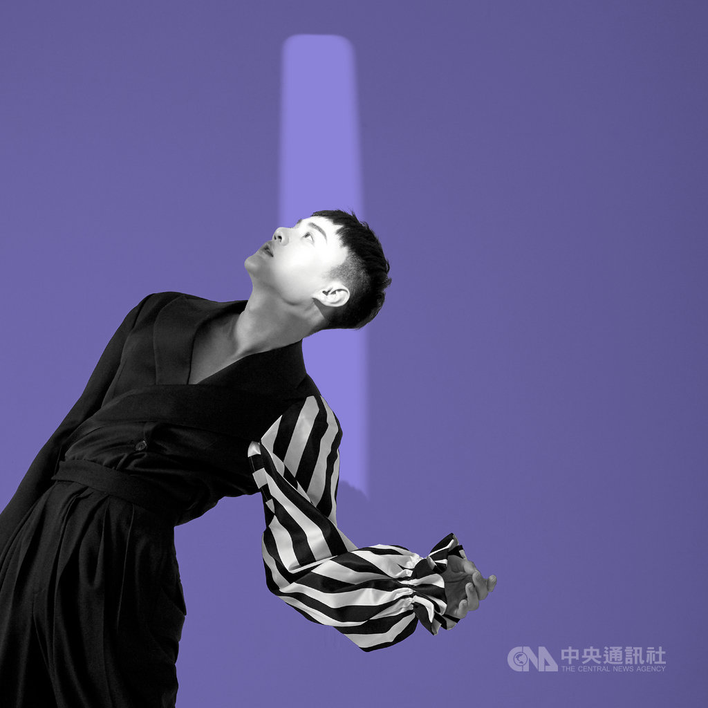歌手許富凱出道10年曾6度入圍金曲台語歌王,他近期宣布將於2021年2月20日首次前進台北小巨蛋開演唱會。(凱聲影藝提供)中央社記者王心妤台北27日電 109年11月27日