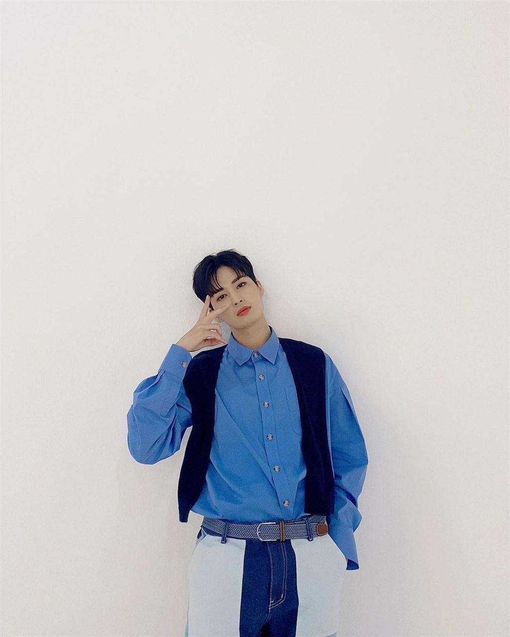 韓國偶像團體UP10TION的成員碧土與高潔(圖)先後確診武漢肺炎,其他成員則為陰性。(圖取自instagram.com/u10t_official)