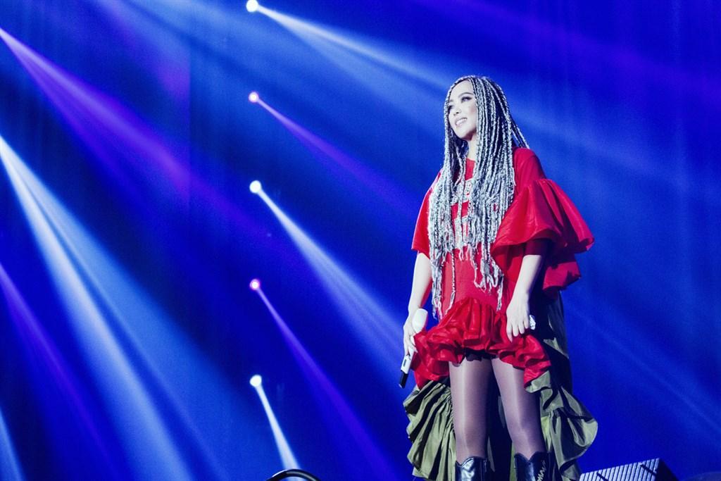 藝人張惠妹返鄉回台東舉辦跨年演唱會,但若武漢肺炎疫情嚴峻,台東縣政府文化處不排除觀眾不得進場。(EMI提供)