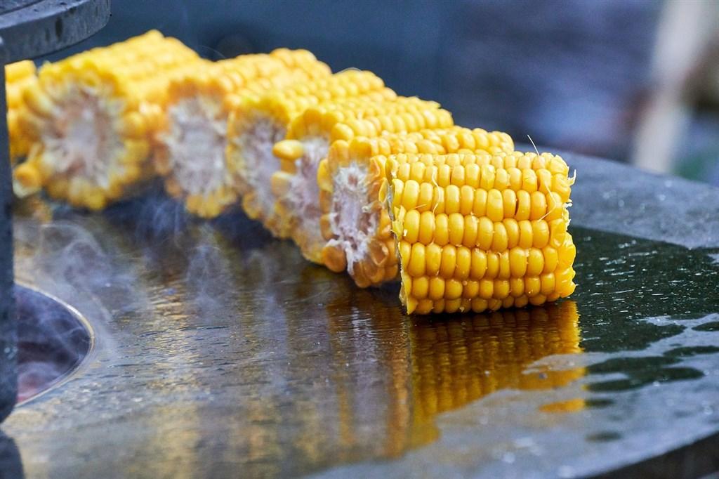 聯合國糧農組織3日表示,11月全球糧食類大宗商品價格大漲至接近6年來最高水準,小麥與玉米出口價格雙雙攀升。(圖取自Pixabay圖庫)