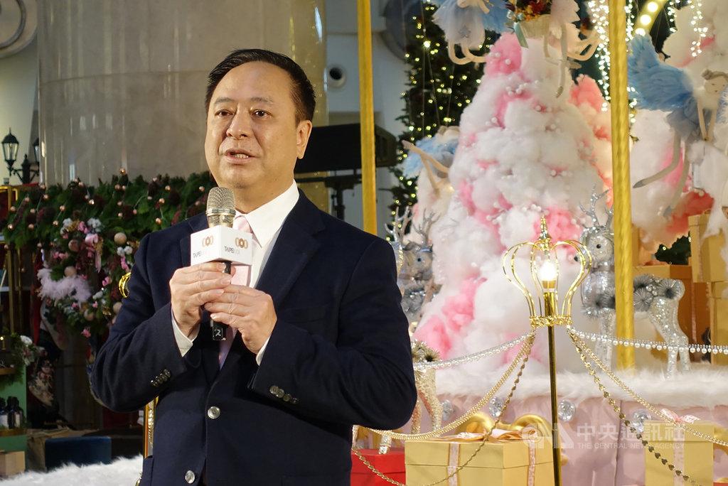 台北101董事長張學舜說,希望17個打卡熱點帶給民眾療癒感與幸福感,共同迎接2021年,也盼明年是一個美好的年。中央社記者梁珮綺攝  109年12月4日