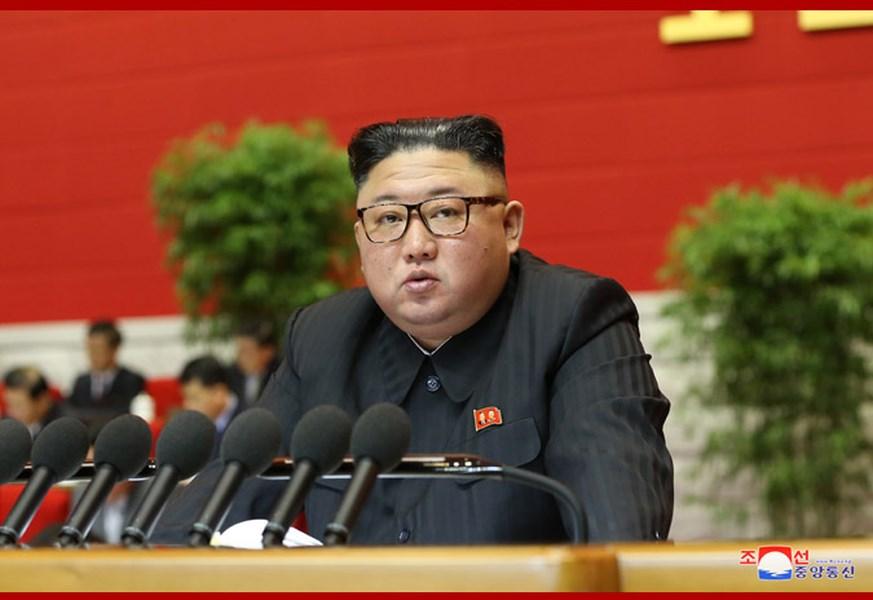 美國總統當選人拜登即將上任,北韓官媒報導,領導人金正恩(圖)在執政勞動黨第8次全國代表大會閉幕時,矢言加強核武發展。(圖取自北韓中央通信社網頁kcna.kp)