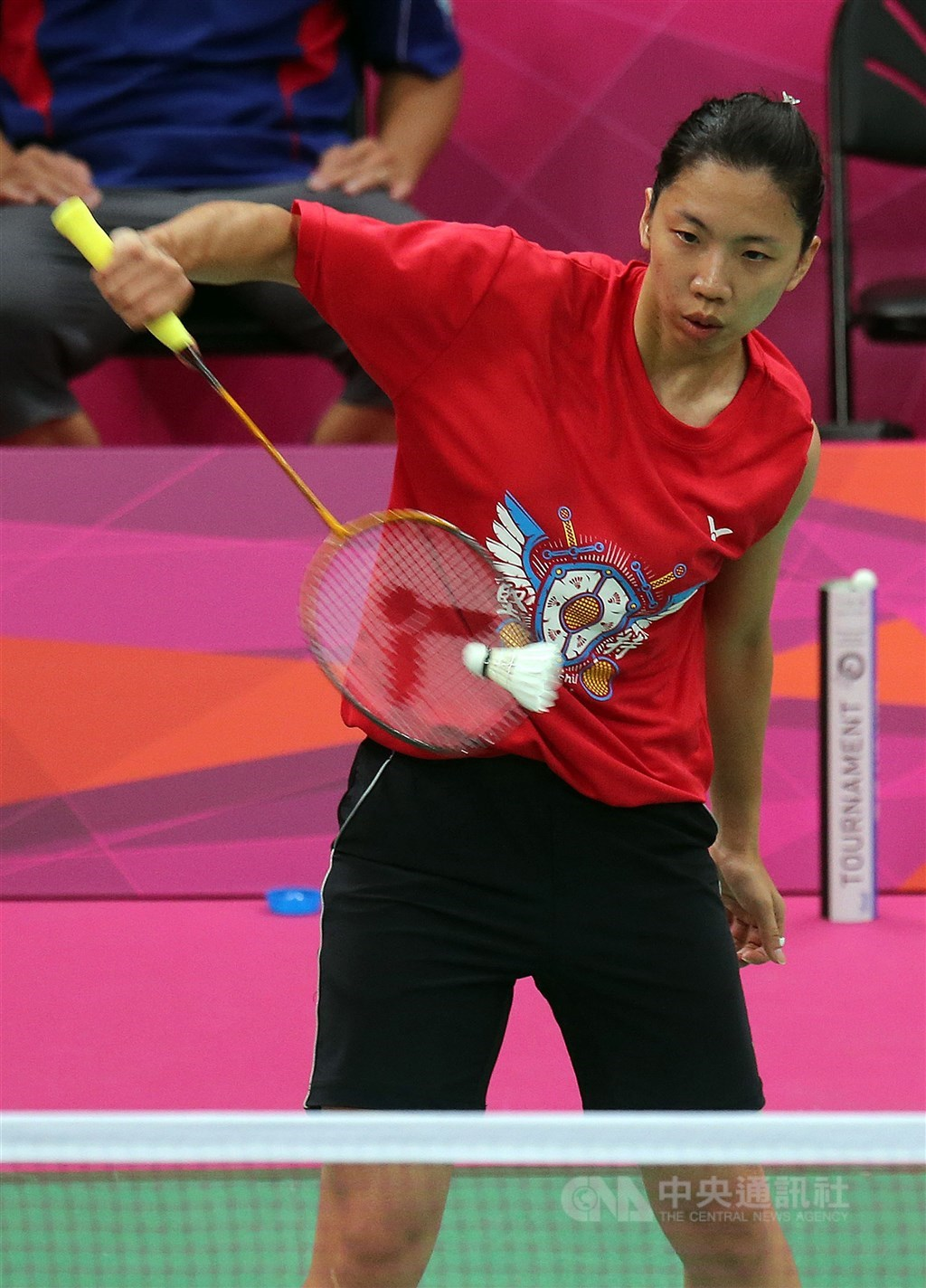 香港媒體爆料,世界羽球聯盟13日公布泰國羽球公開賽驗出武漢肺炎病毒呈陽性反應的其中1人,是前台灣雙打世界球后程文欣(圖)。(中央社檔案照片)