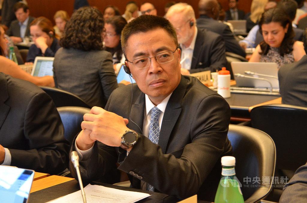 中國近日任命前駐世貿組織(WTO)代表張向晨為商務部副部長,他和日前升任國際貿易談判代表的俞建華,都是具豐富經貿談判經驗的中國官員。(中新社提供)中央社  110年1月16日