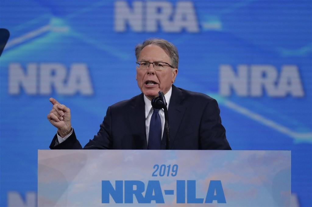 美國全國步槍協會15日申請破產。紐約州總檢察長2020年8月指控該協會執行副總裁拉皮耶(圖)與其他高層,涉嫌內部交易與不當管理違反州內管理非營利組織的法律。(美聯社)