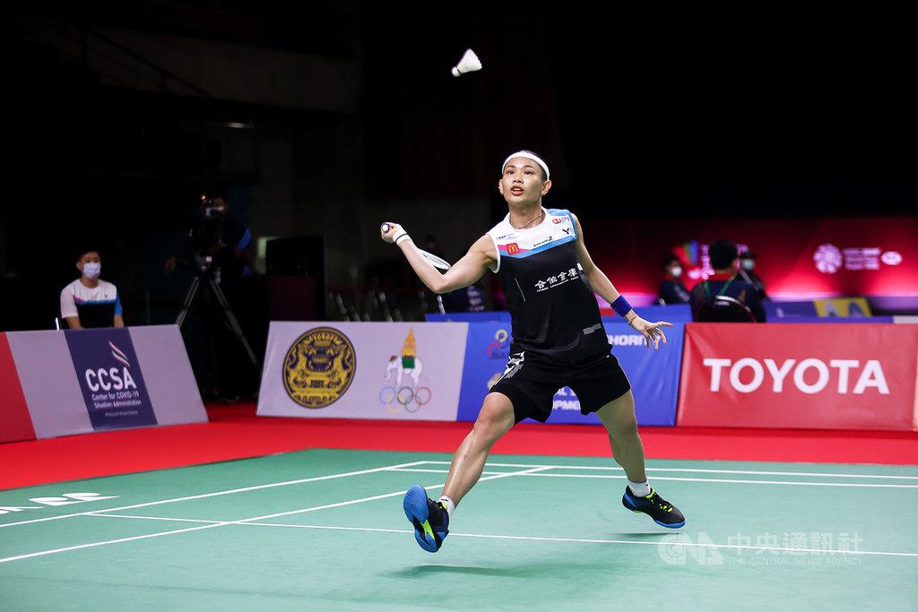 世界球后戴資穎19日在豐田泰國羽球公開賽首輪以21比16、21比11擊退泰國女將素尼達,挺進16強。(泰國羽球協會提供)中央社記者呂欣憓曼谷傳真 110年1月19日