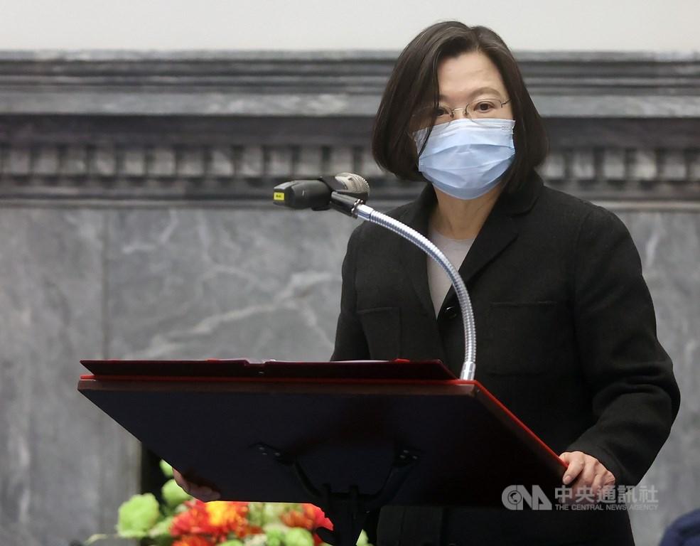 總統蔡英文21日表示,無知和歧視絕對不是疫情的解藥,樹立無謂的敵意,也無助於防疫。(中央社檔案照片)
