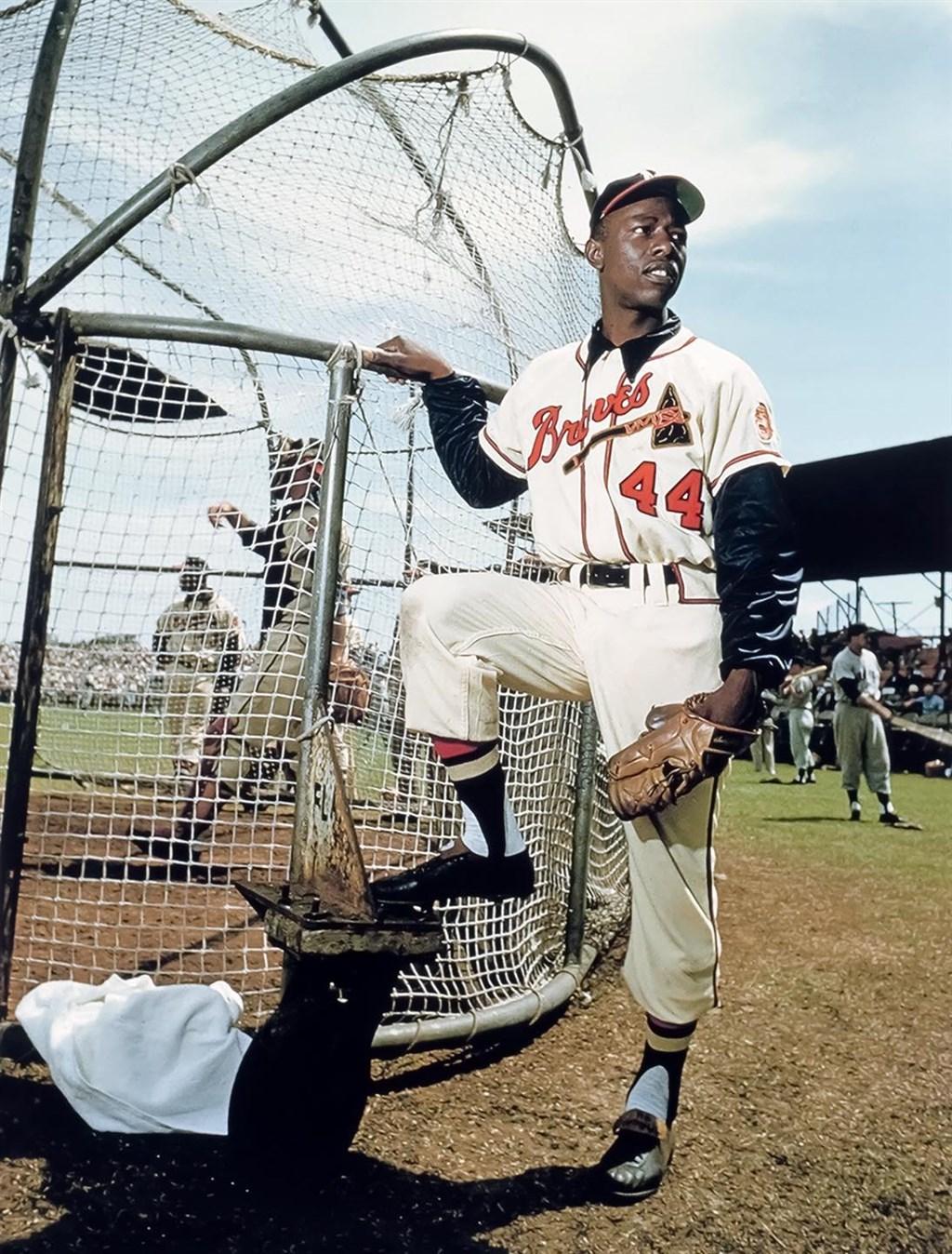 美國大聯盟傳奇球星漢克阿倫22日過世,享壽86歲。(圖取自facebook.com/Braves)