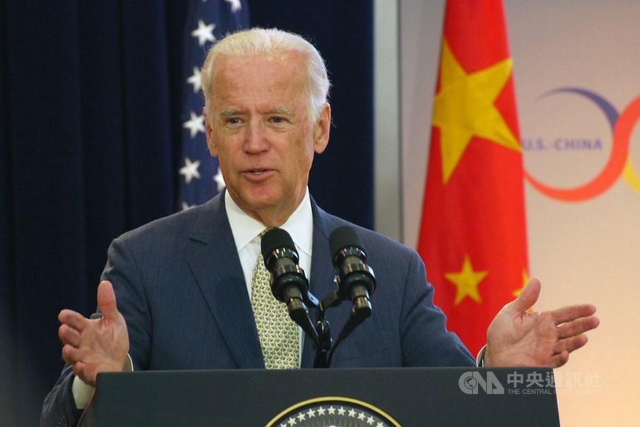 白宮發言人莎琪25日表示,美國正與中國處在激烈競爭中,總統拜登(圖)打算以「耐心」處理對中國的關係。(中央社檔案照片)