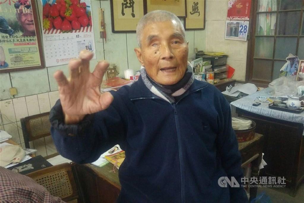 國策顧問「崑濱伯」黃崑濱(圖),20日下午在住家過世,享耆壽92歲。(中央社檔案照片)
