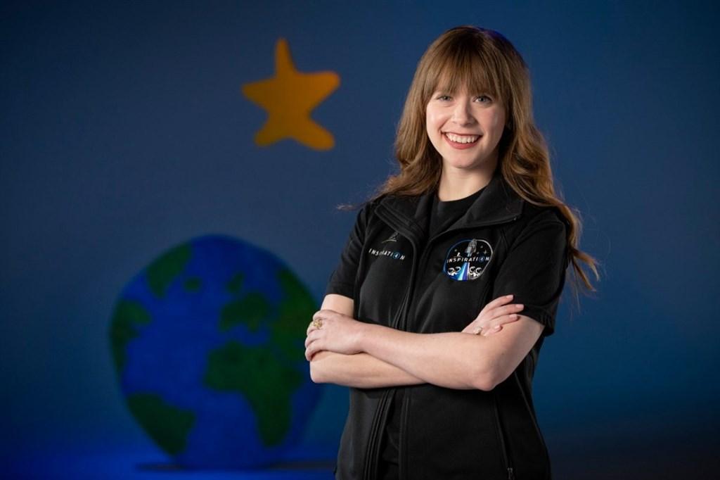 美國太空探索科技公司首次私人太空飛行,由億萬富商艾薩克曼訂下,抗癌年輕女鬥士亞希諾(圖)入選,將成為太空旅行成員之一。(圖取自聖猶大兒童研究醫院網頁stjude.org)