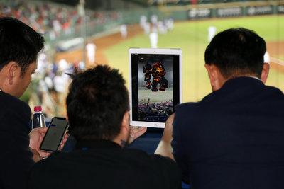 天使投資催生 智慧球場方案讓看球像打電玩