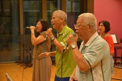 屏縣府成立阿卡貝拉人聲樂團10年 團員最高齡78歲