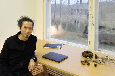 作家林奇伯新作極地紀 書寫芬蘭藝術家駐村經驗
