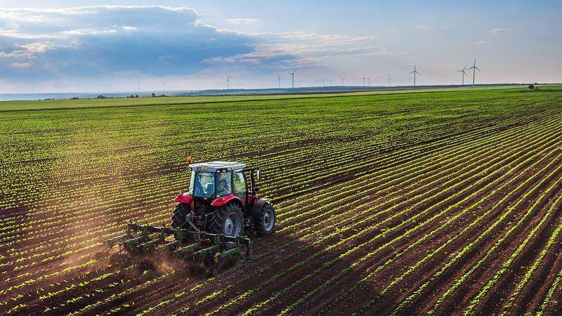 德國化工大廠拜耳以660億美元併購美國農業生技公司孟山都一案獲歐盟批准,遭環保人士痛批。(圖取自孟山都臉書facebook.com/MonsantoCo)