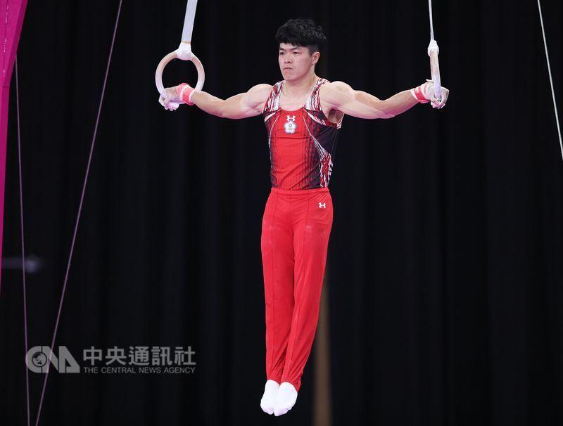 2018雅加達亞運體操單項決賽男子吊環項目23日晚間登場,中華隊陳智郁出賽。中央社記者張新偉攝 107年8月23日