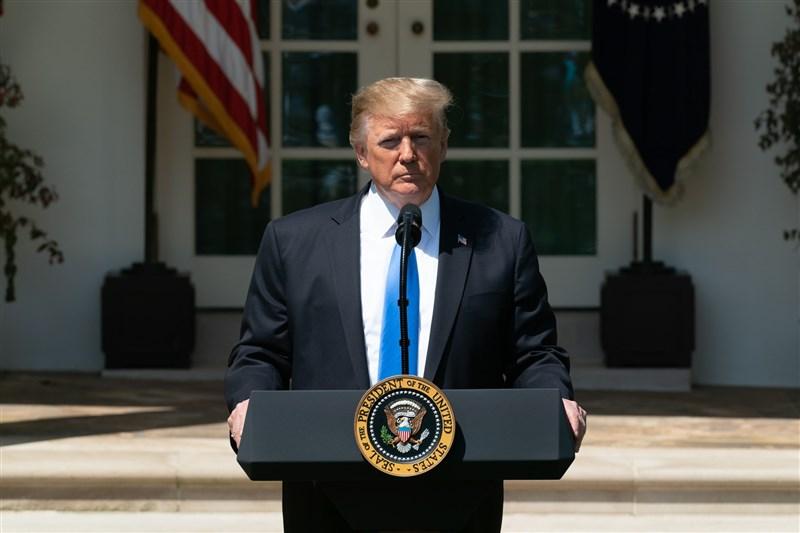 美國總統川普23日表示,他預期美中貿易戰很快會落幕,並稱會在G20峰會上與中國國家主席習近平會面。(圖取自facebook.com/WhiteHouse)