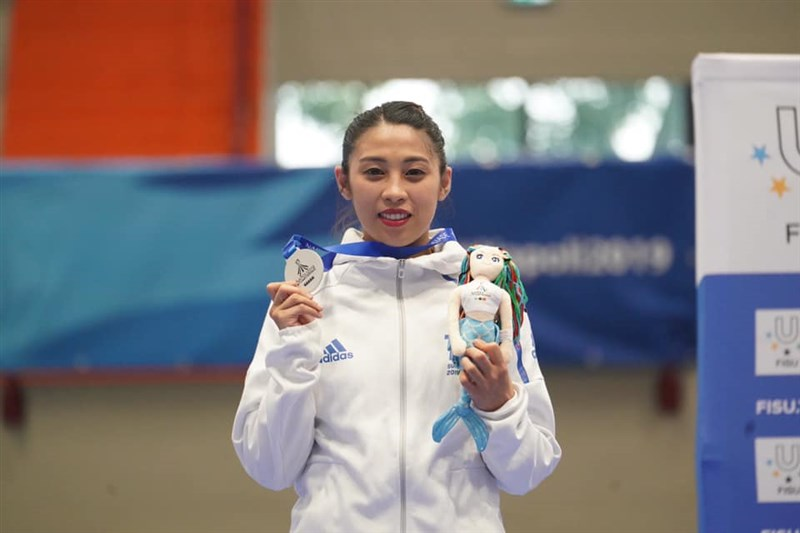 2019年拿坡里世界大學運動會蘇佳恩在跆拳道品勢女子個人賽獲銀牌,奪下台灣在跆拳道的首面獎牌。(圖取自facebook.com/CTUSFSSU)