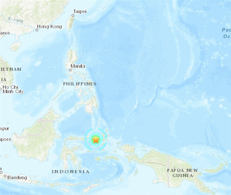美國地質調查所表示,印尼蘇拉威西島東北部外海7日深夜發生規模6.9地震。(圖取自USGS網頁earthquake.usgs.gov)