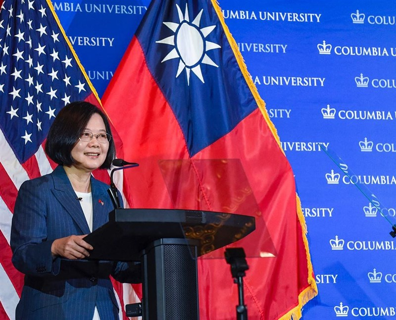 總統蔡英文12日在美國哥倫比亞大學演講表示,全球自由遭遇前所未有威脅,台灣一直站在民主最前線,民主轉型故事須讓世界聽見。(圖取自IG網頁instagram.com/columbia)